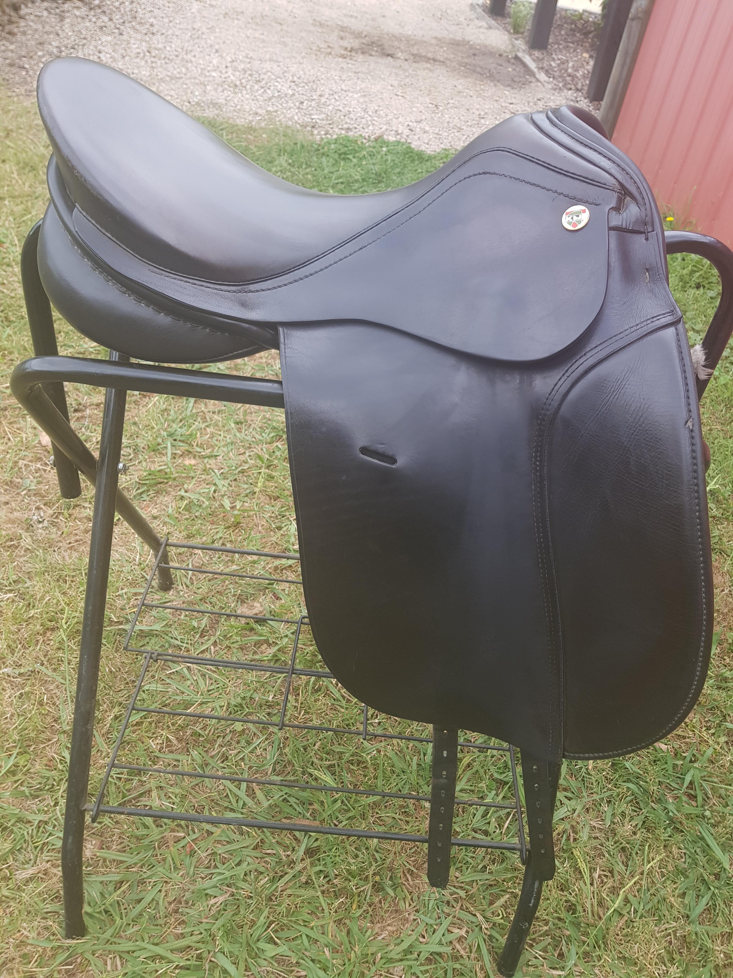 KN Symphonie Dressage Saddle