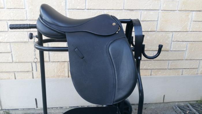 Black Country GP event saddle