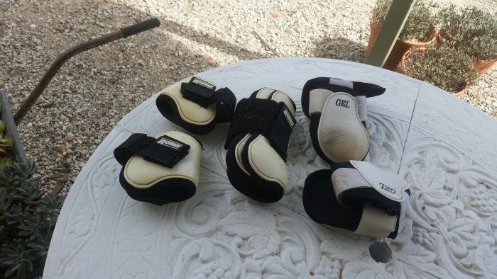 showjump boots, leg wraps,splint boots