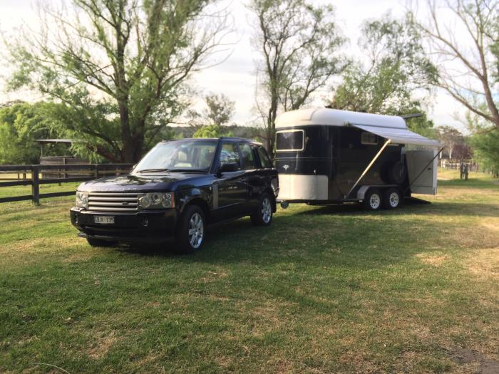 Range Rover Vogue TDV8 & matching MAKE 2HAL float