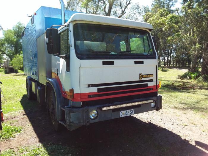 3 horse truck