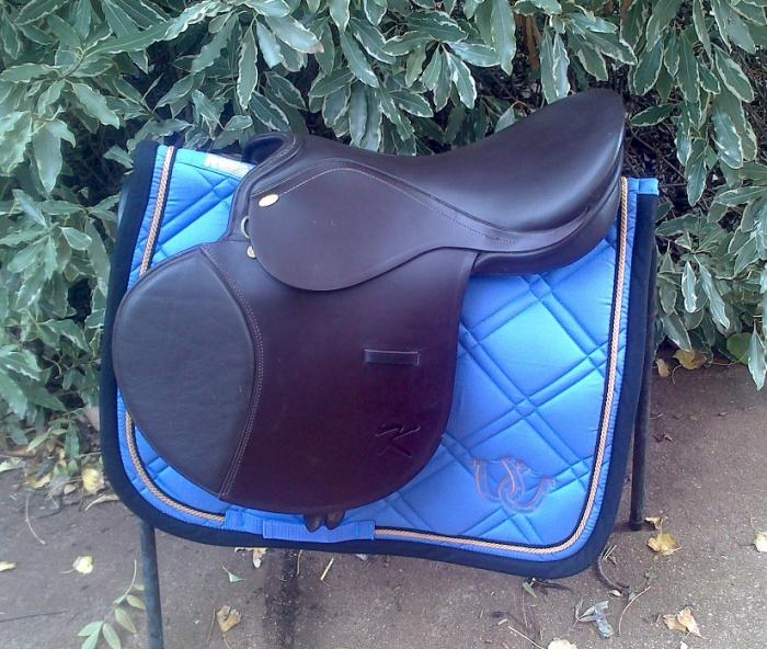"16.5"" Kentaur Romulus Traditional Exercise Saddle"