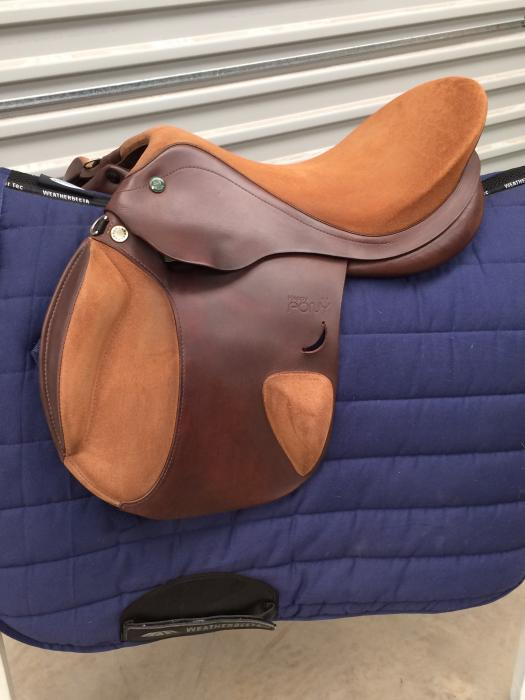 """Prestige Pony jump saddle 15"""""""