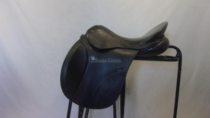 "Peter Horobin 17.5"" All purpose / Jump Saddle"