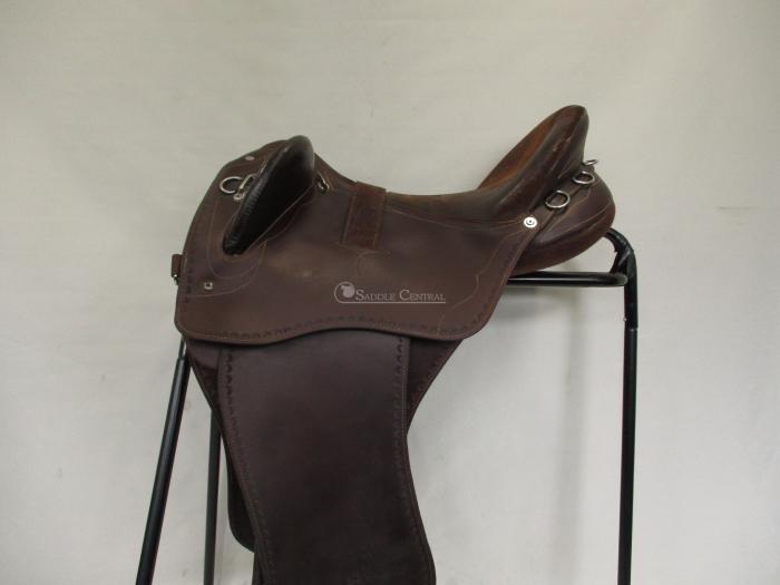 "Syd Hill Leather Swinging Fender 17"" Stock Saddle"