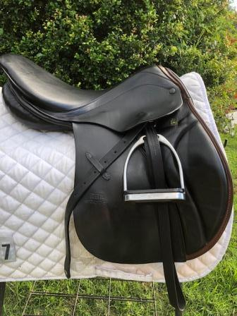 "Stubben Juventus 17"" jumping saddle"