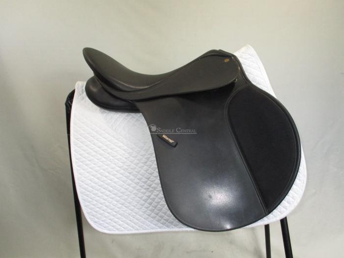 "Wintec 500 17"" (Flock) All Purpose Saddle"
