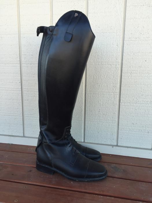 NEW Petrie boots for sale!