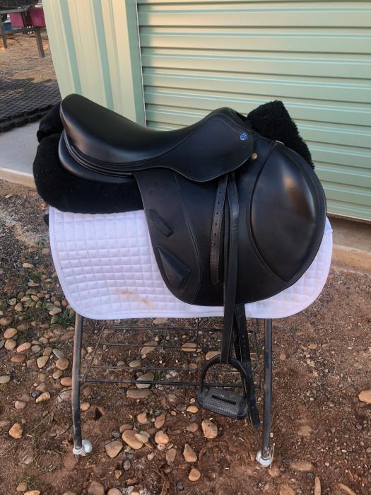 Southern Stars Event Saddle Excellent Condition