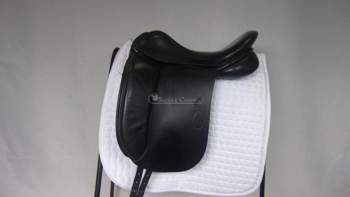 Saddles Saddlery Tack Amp Apparel Horsezone Page 1