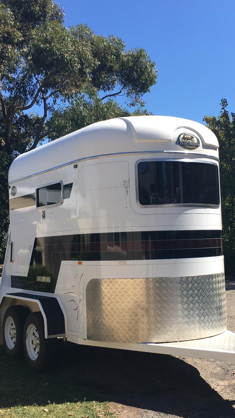 Coachmen Double Horse Float- Straight Load