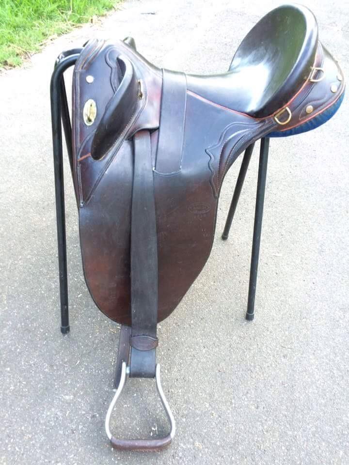 Neil McKellar stock saddle 16 inch