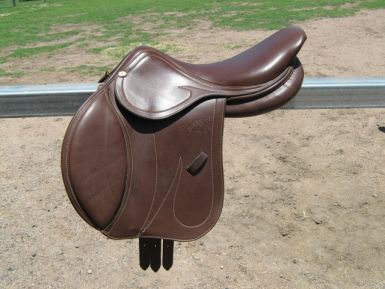 Jumping Saddle.