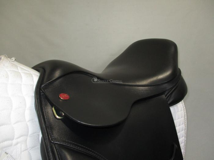 "Kent and Masters 17.5"" Low profile / Cob Saddle"