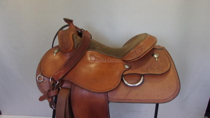 """Gene Redwood 17"""" Western Pleasure Saddle"""