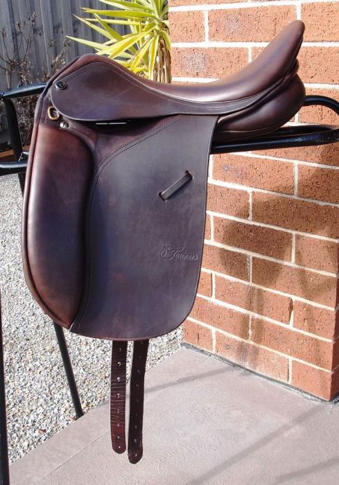 "15 3/4"" Trainers Show Saddle"