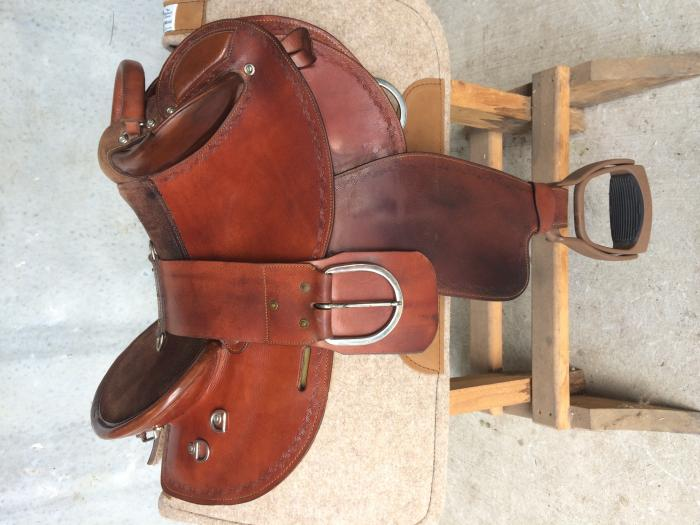 Eqwest Halfbreed Saddle