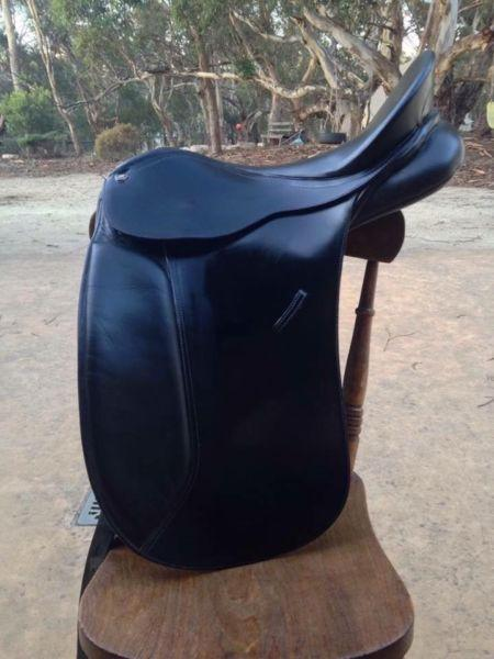 Bates Maestro Dressage Saddle 17inch