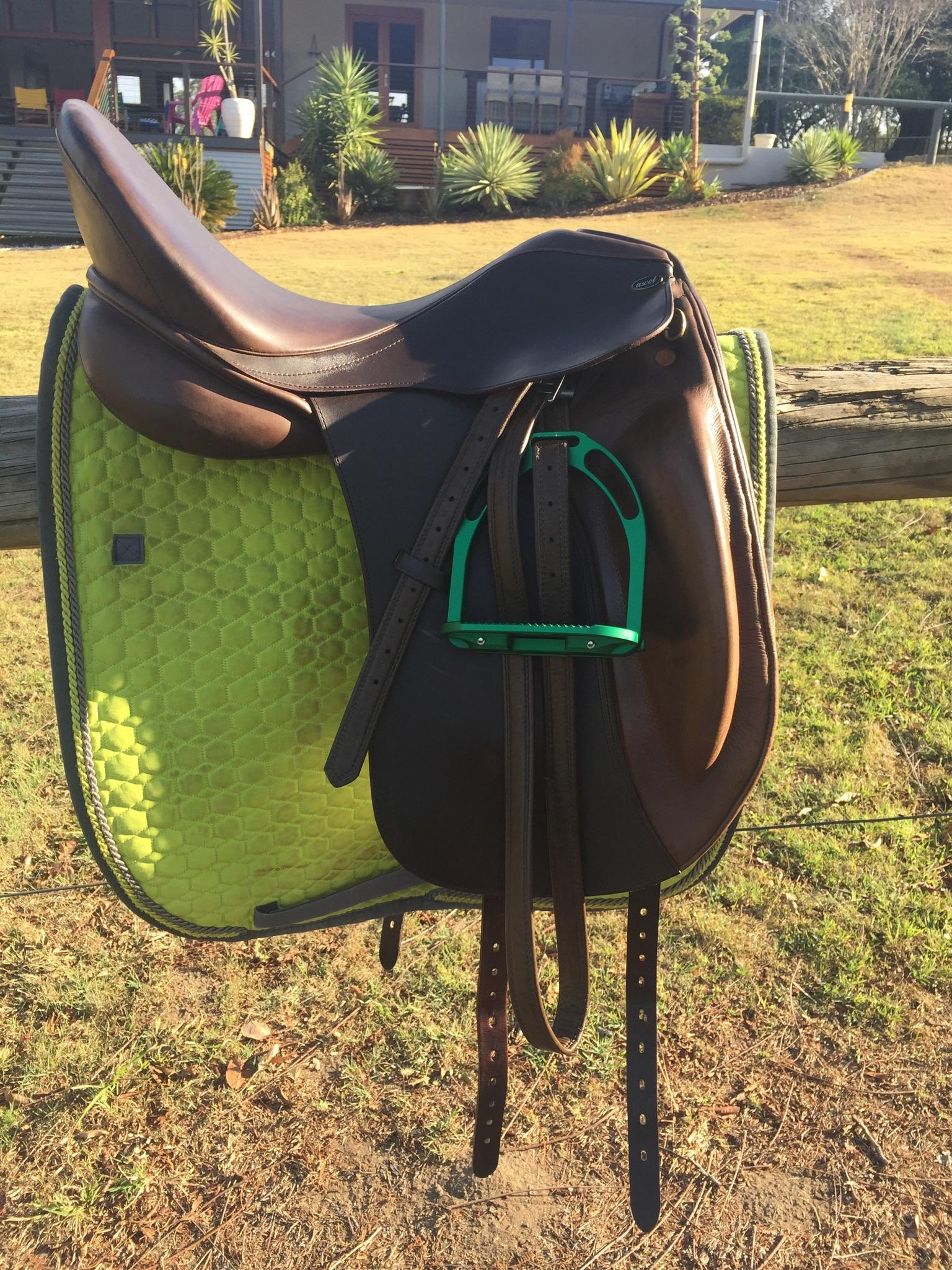 Ascot Elegance Dressage Saddle 17 1/2 inch Dark Brown