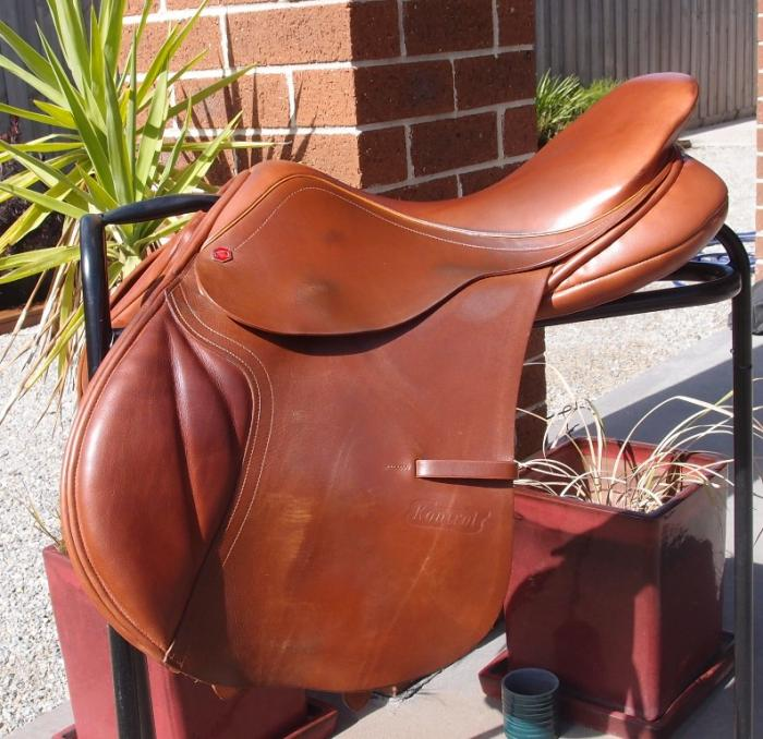 "Albion Kontrol Jump Saddle 17"" MW Trial available"