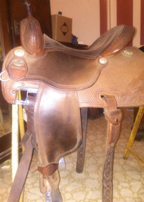 Crown C Western Saddle