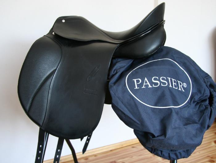"PASSIER SIRIUS 17""/MW dressage saddle Like new TOP"