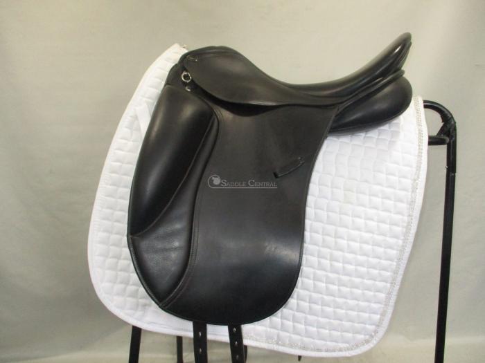 "Pessoa Aldea 17.5"" Dressage Saddle"