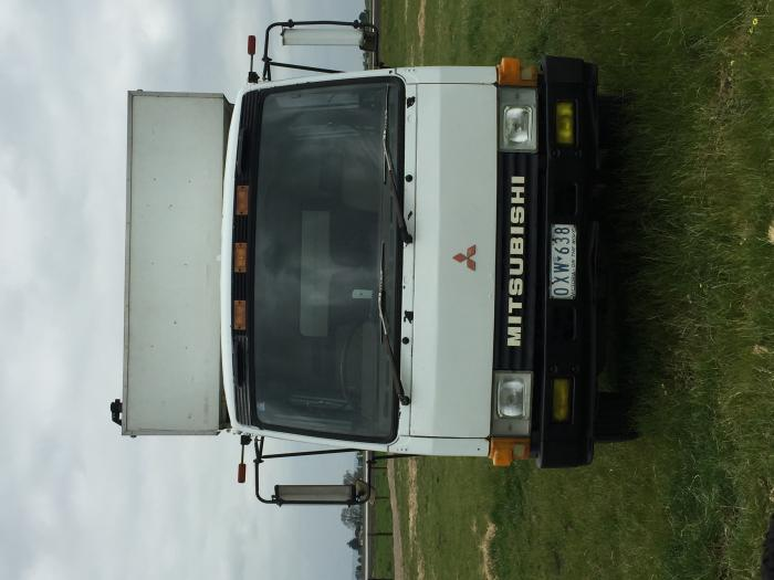 Edited 6 horse truck for sale now with correct kms