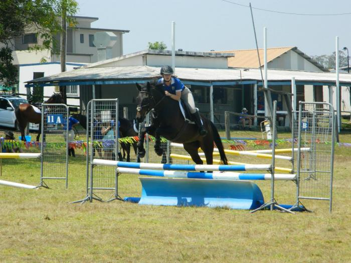 STAR JUMPER AND ALL ROUNDER