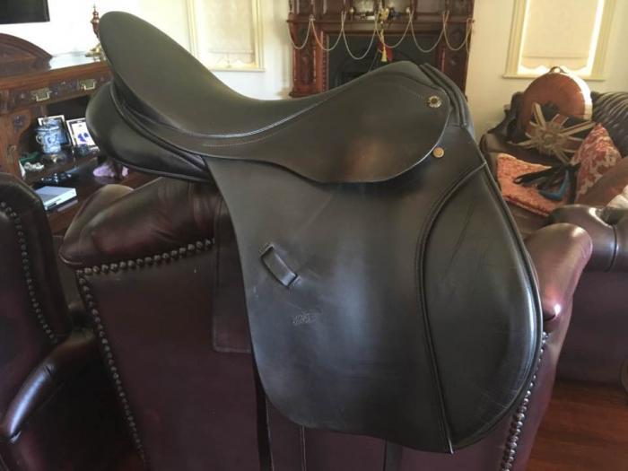 """Peter Horobin 17½"""" Black General Purpose Saddle"""