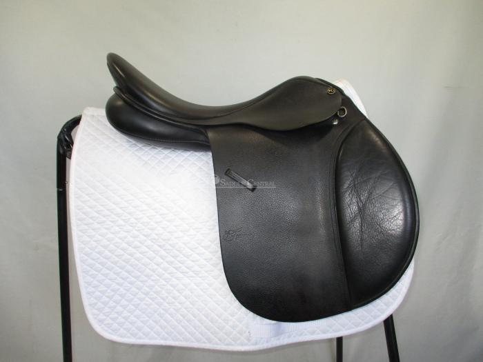 """Trainers Masters 17.5"""" / 18"""" All Purpose Saddle"""