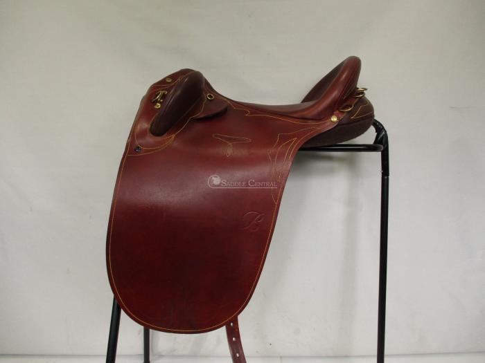 """Bates Kimberley 17.5"""" (Large) Stock Saddle"""