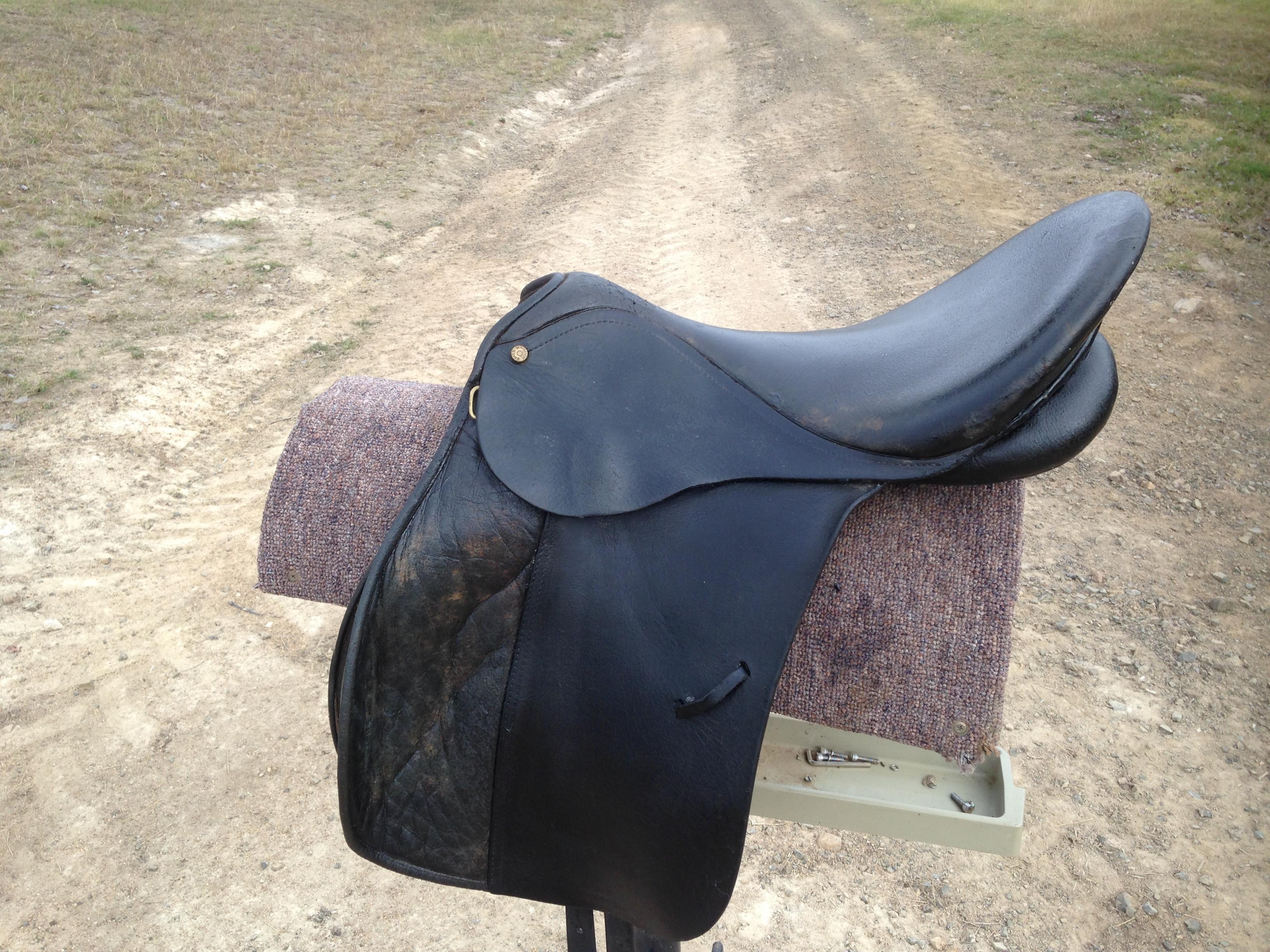 Black Bates All Purpose Saddle