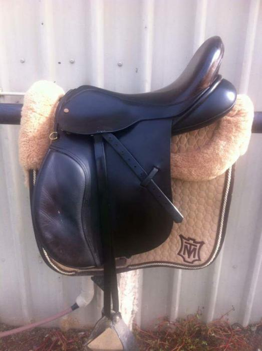 Chris Gohl English leather AP saddle