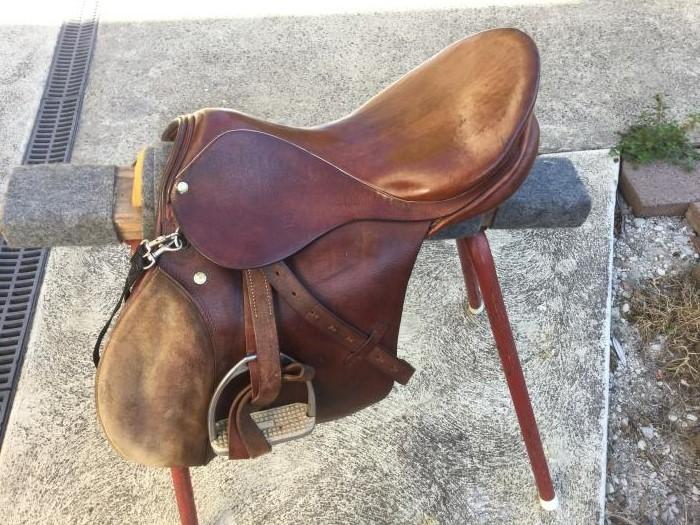 "Stubben saddle 16"" General purpose/jumping"