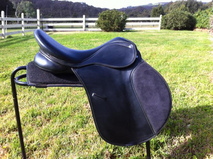 "X wide Eurohunter All Purpose Saddle 17.5"""