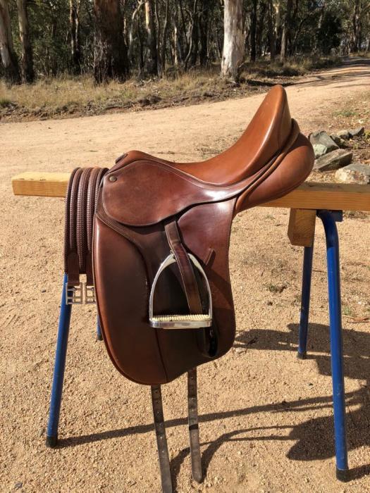 Bates Caprilli Dressage Saddle