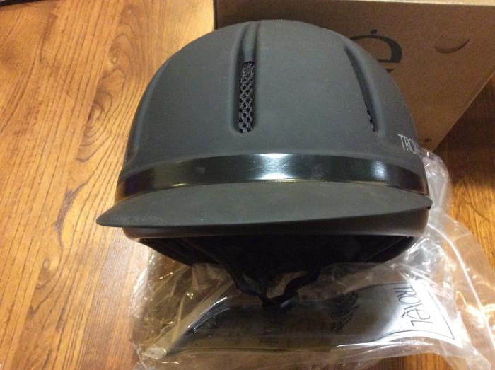 Helmet black Troxel medium, new with labels,