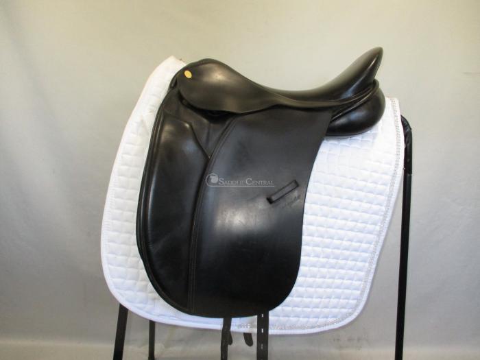 "Ambassador 17.5"" Dressage/Show Saddle"