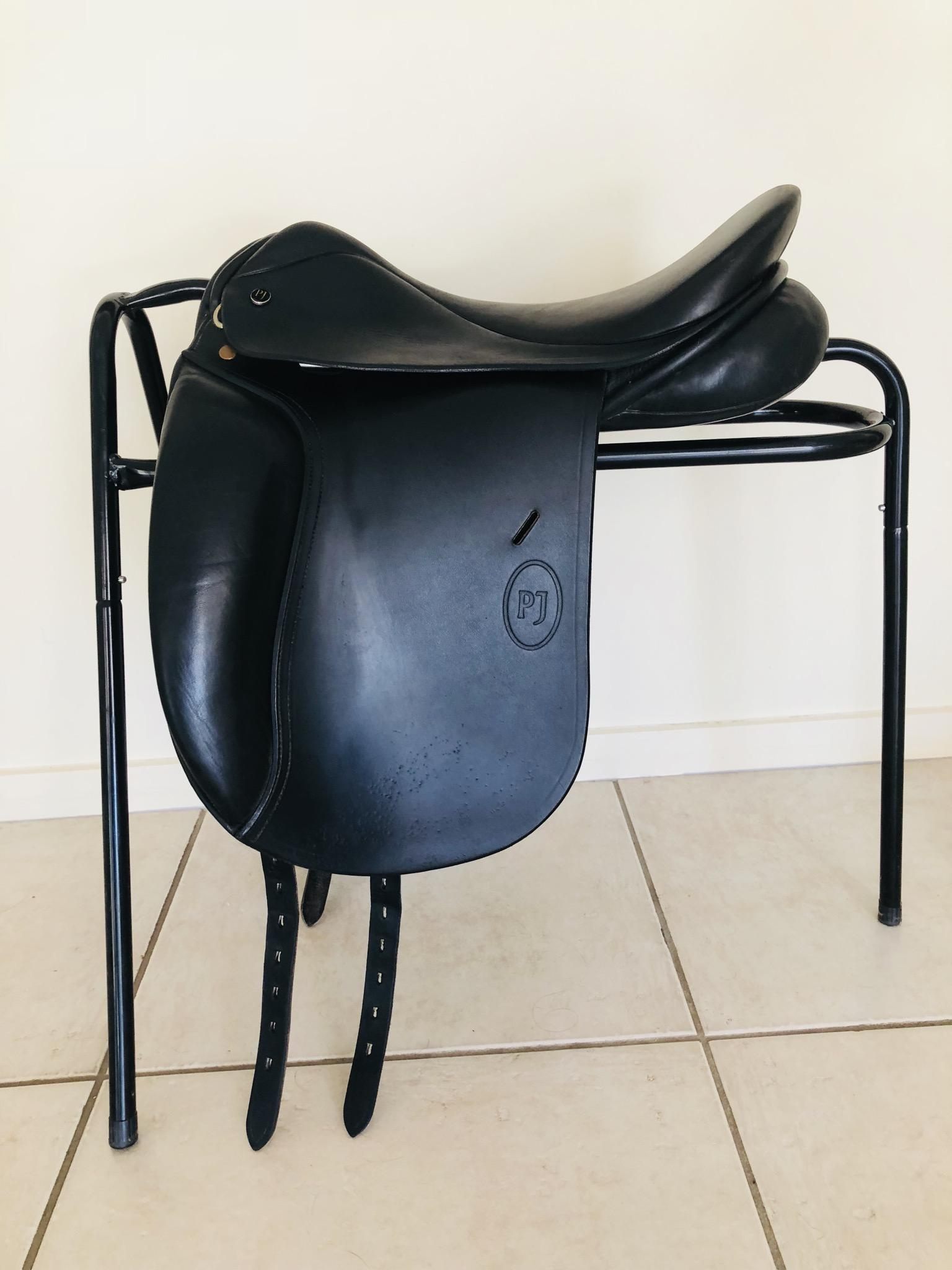 "Paul Jones PJ Black leather dressage saddle 16.5"" MW gullet"