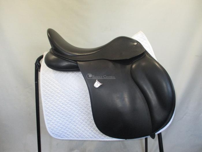 "Bates All Purpose 17"" Saddle"