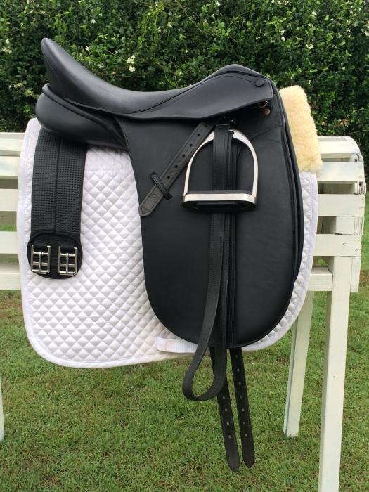 Bates Caprilli Dressage saddle package