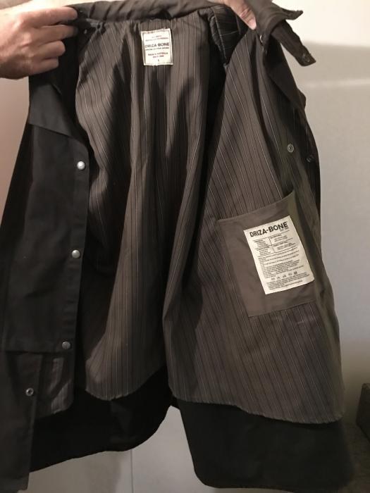Never worn Driza-bone traditionl oilskin coat $180