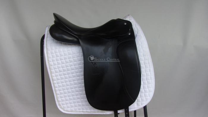 "Passier Antares 17"" Dressage Saddle"