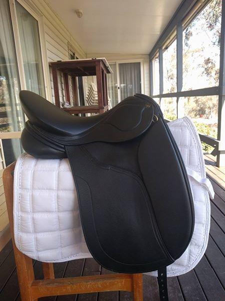 2017 Peter Horobin Amazone Dressage Saddle MW