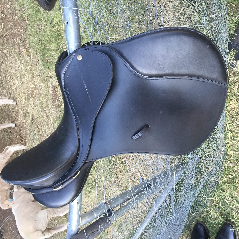 Bates Caprilli all purpose saddle