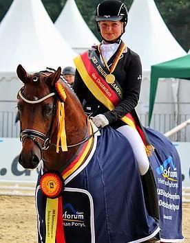 Cosmopolitan - ACE Group Stallion Service Auction
