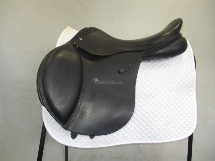 "Loxley 17.5"" Jump Saddle"
