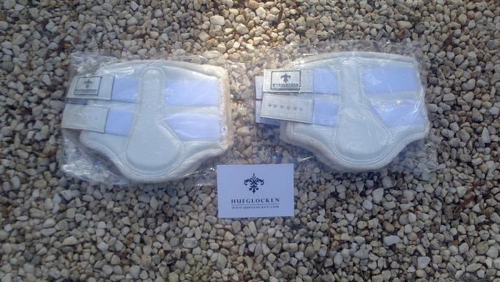 Hufgloken Small White Boots NEW Set of 4