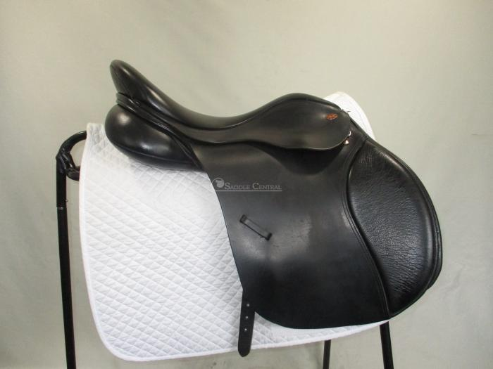 "Kent & Masters 17"" GP Saddle"